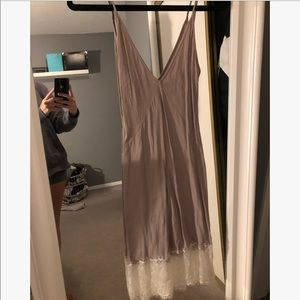 Aritzia wilfred slip dress